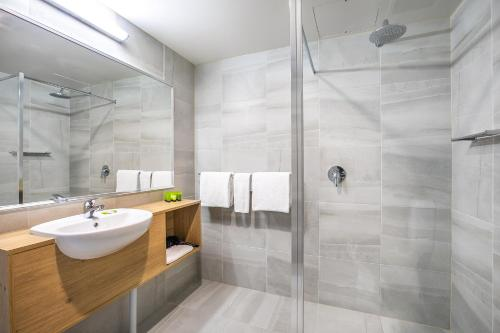 A bathroom at Nightcap at York on Lilydale