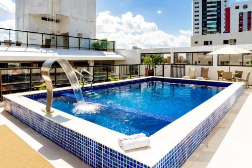 The swimming pool at or close to Kastel Manibu Recife Hotel