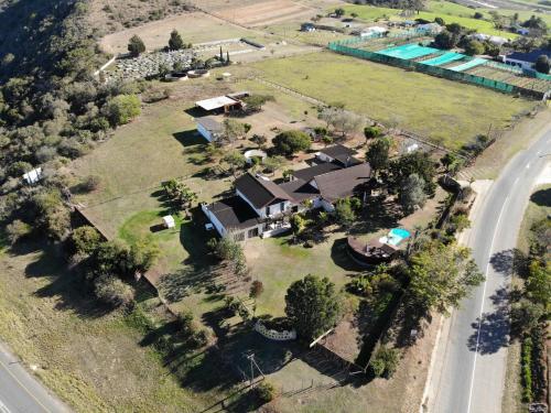 A bird's-eye view of Cheetah Lodge Guest House