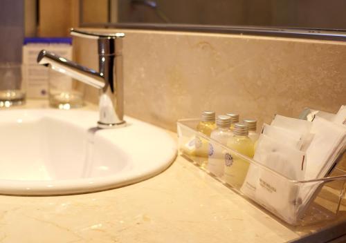 Um banheiro em Hotel UOM Buenos Aires