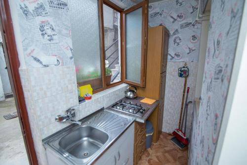 A kitchen or kitchenette at Paata's Guesthouse