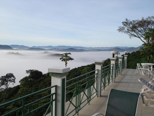Uma varanda ou terraço em Pousada Lambari Montanha Hotel