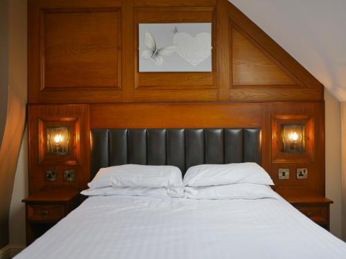 Crown & Anchor Inn