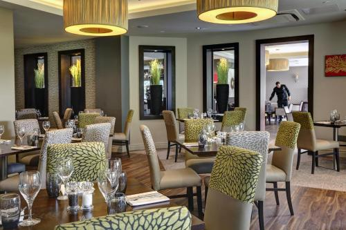 A restaurant or other place to eat at Best Western Plus Pinewood on Wilmslow