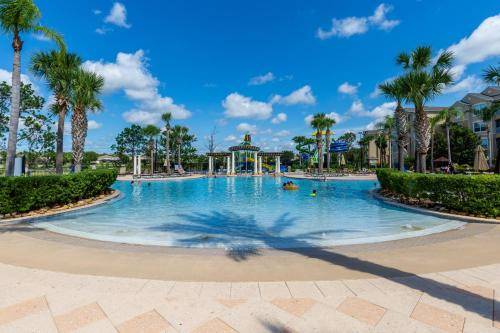 The swimming pool at or close to Incredible Condo - Just 2 Miles from Disney #201