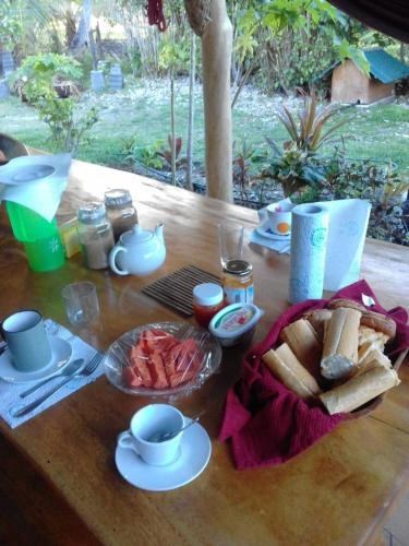 Breakfast options available to guests at Poe Guesthouse