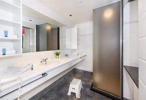 Salle de bains dans l'établissement Vakantiedomein Hoge Duin