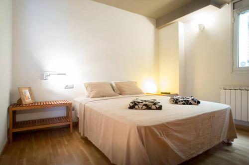 A bed or beds in a room at Apartment Molins De Rei