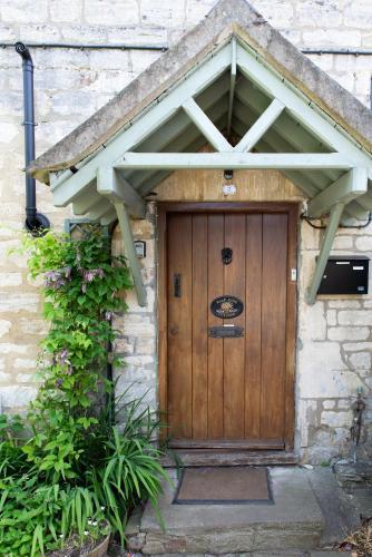 Half-pint Cottage