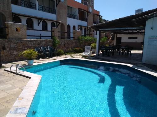 The swimming pool at or close to Apartamentos Ponta do Sol