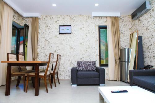 Uma área de estar em Bergs Otel And Restaurant