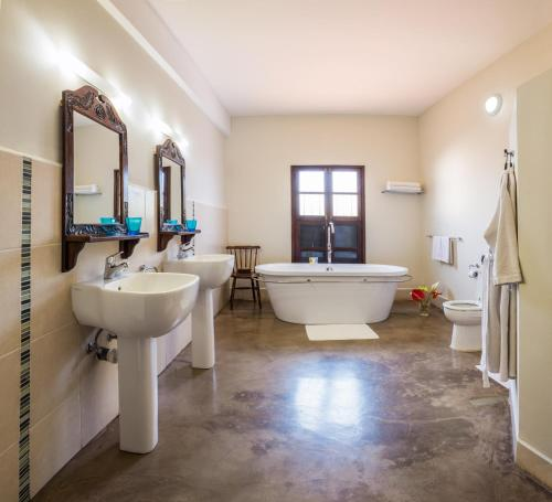 A bathroom at Kisiwa House