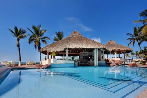 Piscina en o cerca de The Palms Resort of Mazatlan