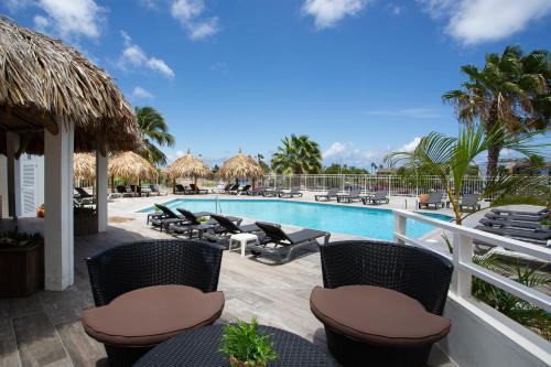 Het zwembad bij of vlak bij Bon Bini Seaside Resort Curacao
