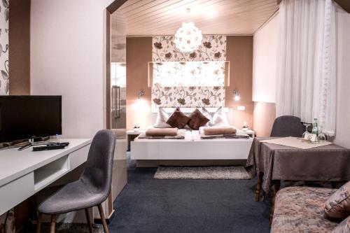 Ein Bett oder Betten in einem Zimmer der Unterkunft Restaurant Landgasthof Zum Wiesengrund