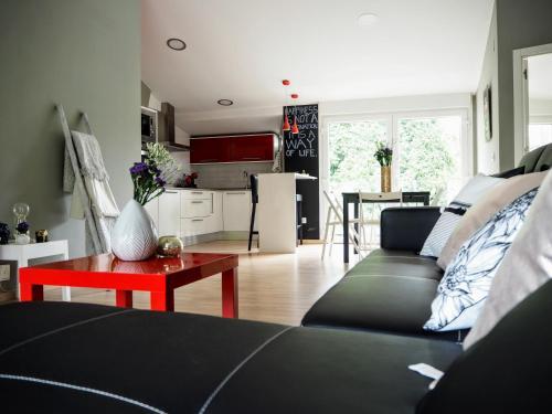A seating area at Apartamento Cruceiro