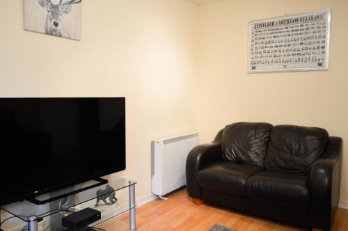 1 Bedroom Flat Near Leith Shore