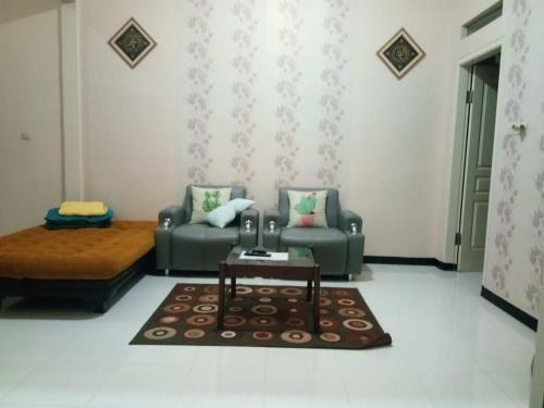 A seating area at My Lady One Villa - Hansel Group