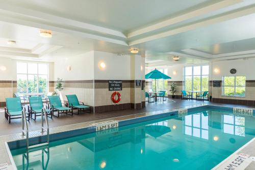 The swimming pool at or near Residence Inn by Marriott Ottawa Airport
