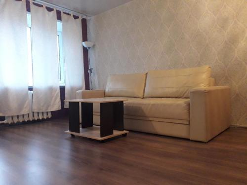 A seating area at Apartment on Uglichskaya 29