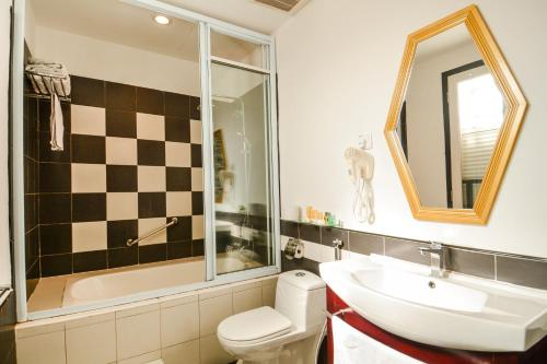 A bathroom at Jonker Boutique Hotel