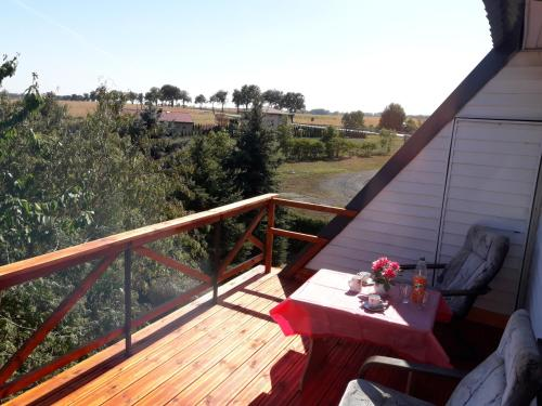 A balcony or terrace at Rooms noclegi