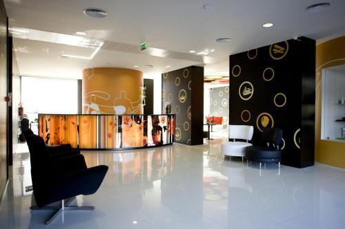 El vestíbulo o zona de recepción de Star Inn Porto