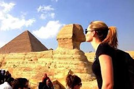 Guests staying at Apartment with nice Pyramids view