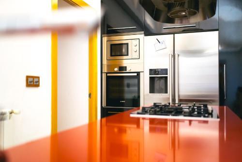 Una cocina o zona de cocina en Eva Recommends Old Convent S.XVIII