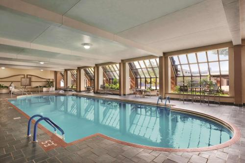 The swimming pool at or near Hyatt Regency Green Bay