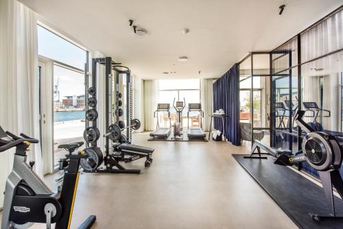 The fitness center and/or fitness facilities at STAY Seaport