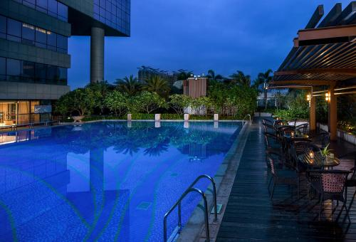 The swimming pool at or near Sentosa Hotel Shenzhen Feicui Branch