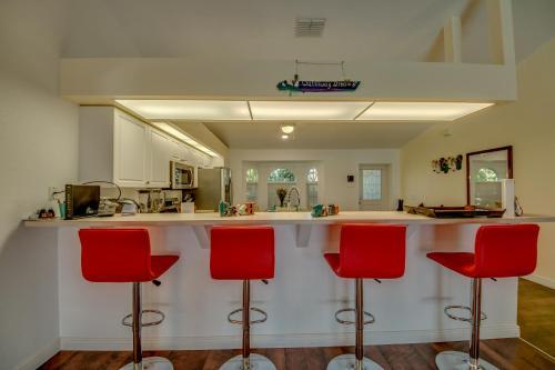 Lounge oder Bar in der Unterkunft Villa Waterway Dream