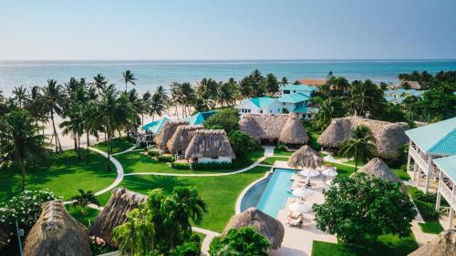 A bird's-eye view of Victoria House Resort & Spa