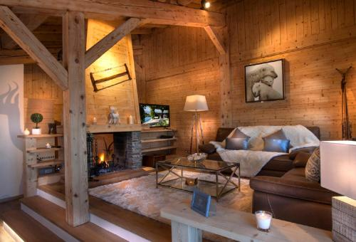 A seating area at Chalet Megeve