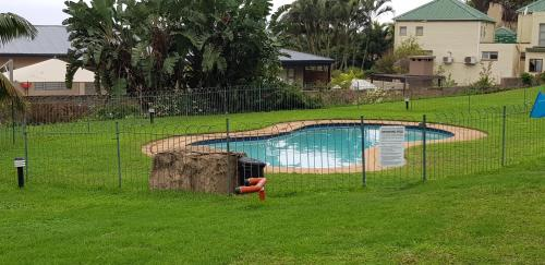 The swimming pool at or close to Shaka Salt