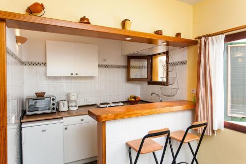 Una cocina o zona de cocina en Hostal Doris