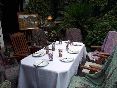 A restaurant or other place to eat at Fónagy és Walter Vendég- és Borház