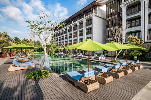 The swimming pool at or near Element by Westin Bali Ubud