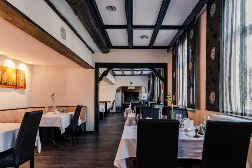 A restaurant or other place to eat at Hotel Engel