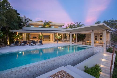 The swimming pool at or near Moonstone - Samui's Premier Private Villa