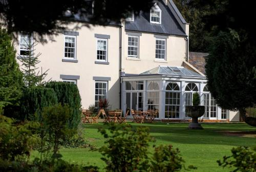 Hallgarth Manor House