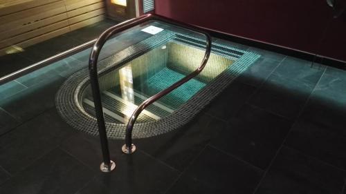 The swimming pool at or near Hotel & SPA Peña Montañesa