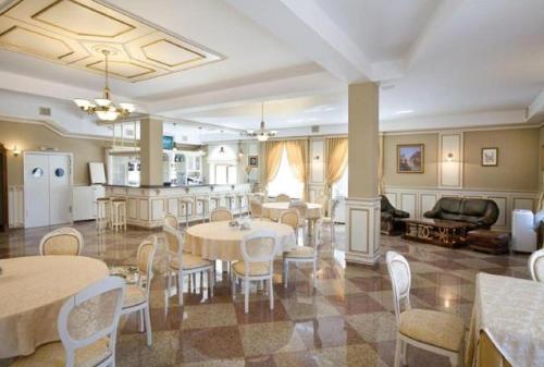 Ресторан / где поесть в Гостиница Вахромеево