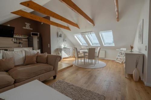 Ein Sitzbereich in der Unterkunft Apartment Anno 1720