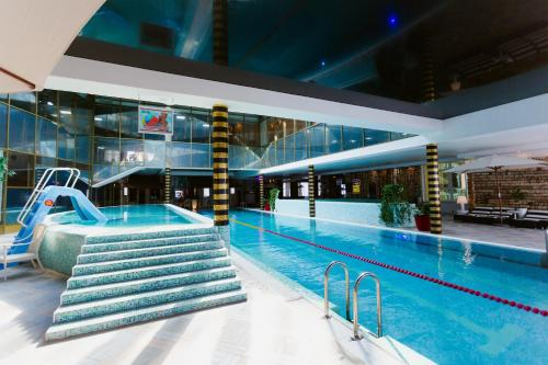 The swimming pool at or close to Grand Wellness Novahovo Hotel & Spa