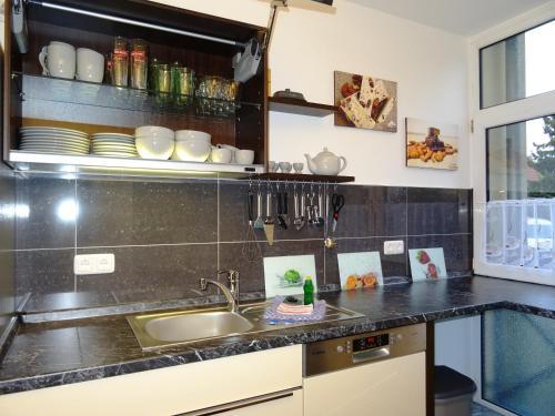 Küche/Küchenzeile in der Unterkunft Alte Kelterei