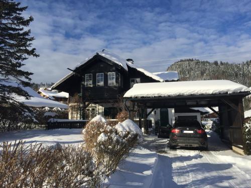 Villa Loserblick im Winter