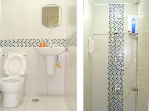 A bathroom at DG Budget Hotel Salem