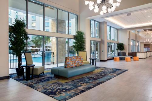 The lobby or reception area at SpringHill Suites by Marriott Orlando Theme Parks/Lake Buena Vista